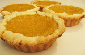 mini pie pans pumpkin
